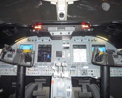 13-6 Lear 60XR cockpit - Instrument panel with warnings