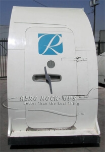 14-8 Door, 737 (S) R1 - Exterior closed