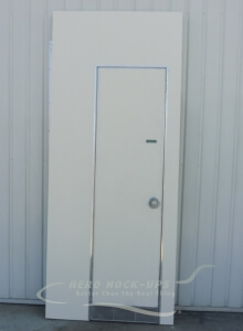 14-28 - Lavatory Door & wall - Left_wm