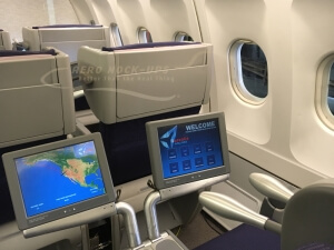 22-5 KLM BC - 2 monitors