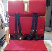 26-4-2 FA Floor mount - 747 Double - Red - Open