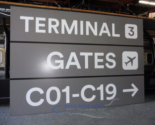 32-253 Sign - Terminal 3, Gates Rt C01-C19
