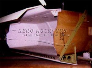 34-112 Side Overhead Locker - 747 Open